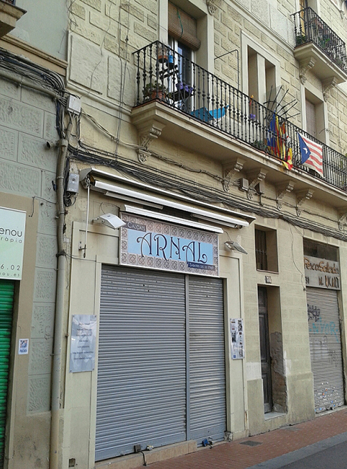 Some of the traditional shops and buildings in Poblenou now closed (15th June, 2017)