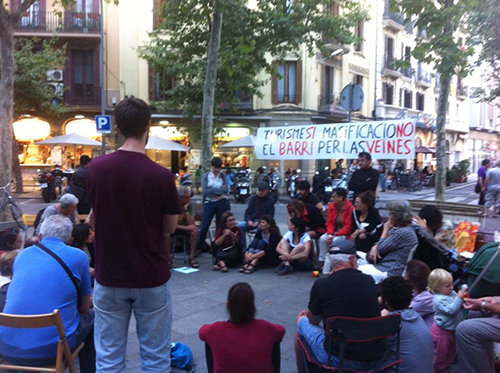 Assembly-supper of #EnsPlantem at the Rambla (June, 14)